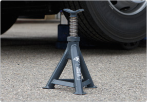 Axle stand for all vehicles
