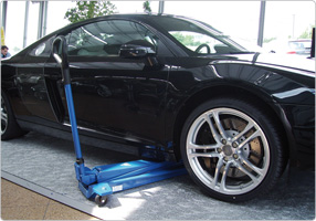 High lifter with for cars with low clearance
