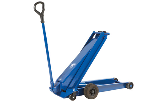 High lifting jack for trucks, agricultural machinery & contractors' machines