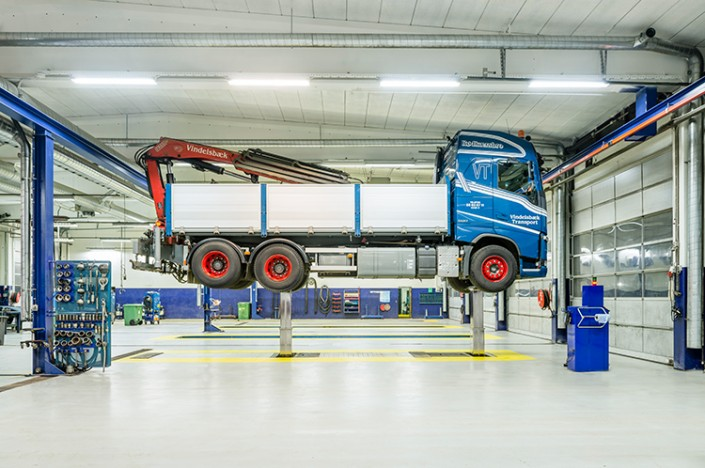 Inground Lift at Volvo Truck