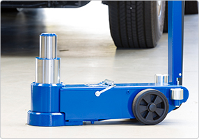 2-stage air hydraulic jack