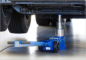 3-stage air hydraulic jack designed for heavy-duty