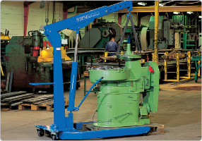 Hydraulic workshop crane for auto workshops